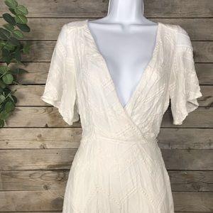 ASTR | off white wrap dress size medium